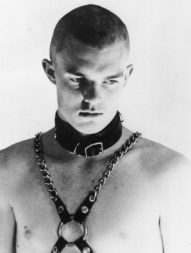 no-skin-off-my-ass-1991-001-klaus-von-brucker-skinhead-leather-collar-chains-on-bare-chest